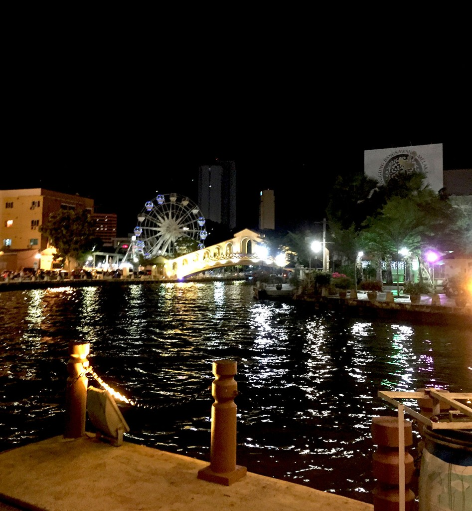 melacca-river-at-night